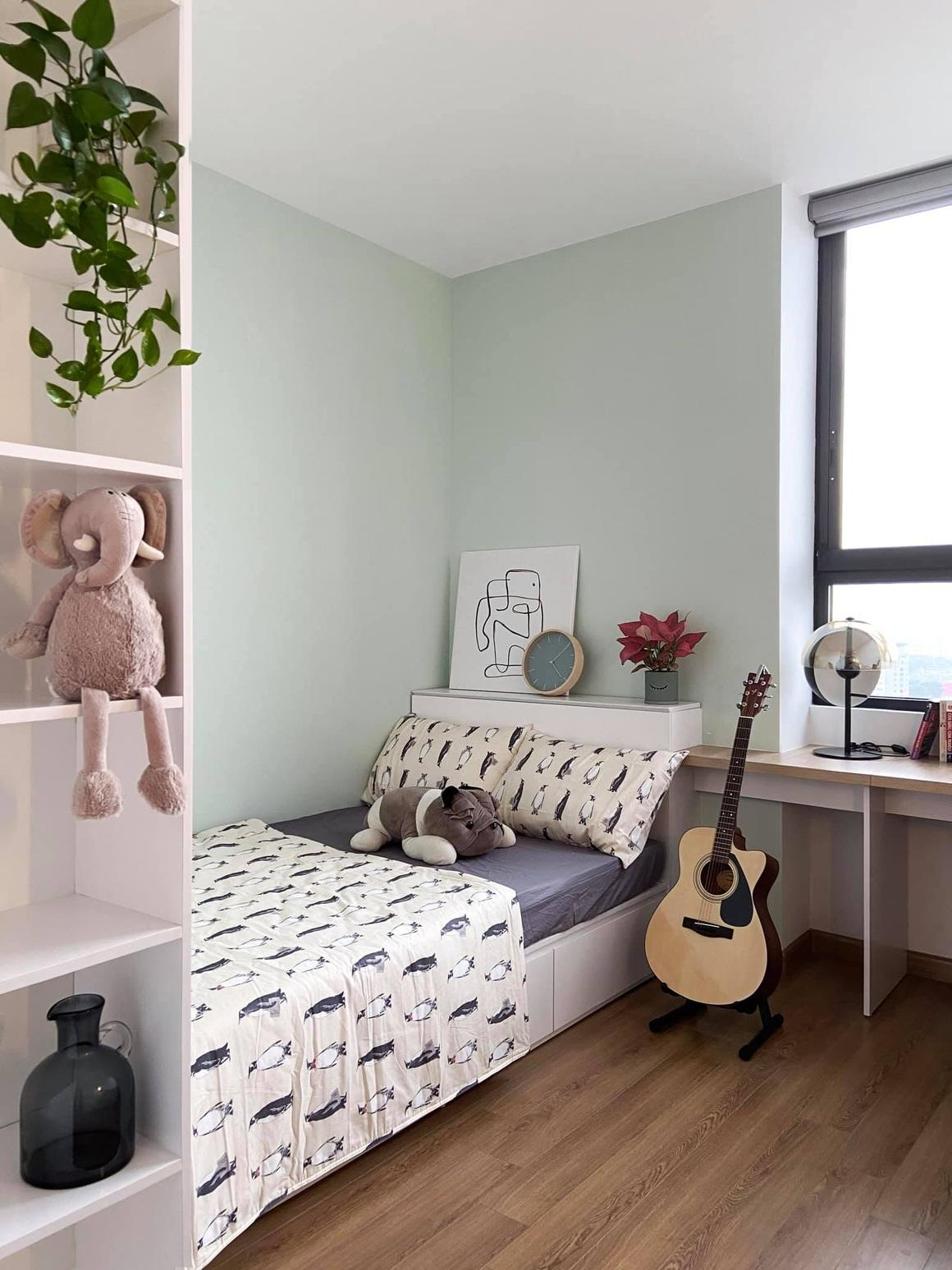 Ngắm căn hộ của gia chủ khó tính: Nội thất đẹp, lạ với tông màu xanh đậm - 13