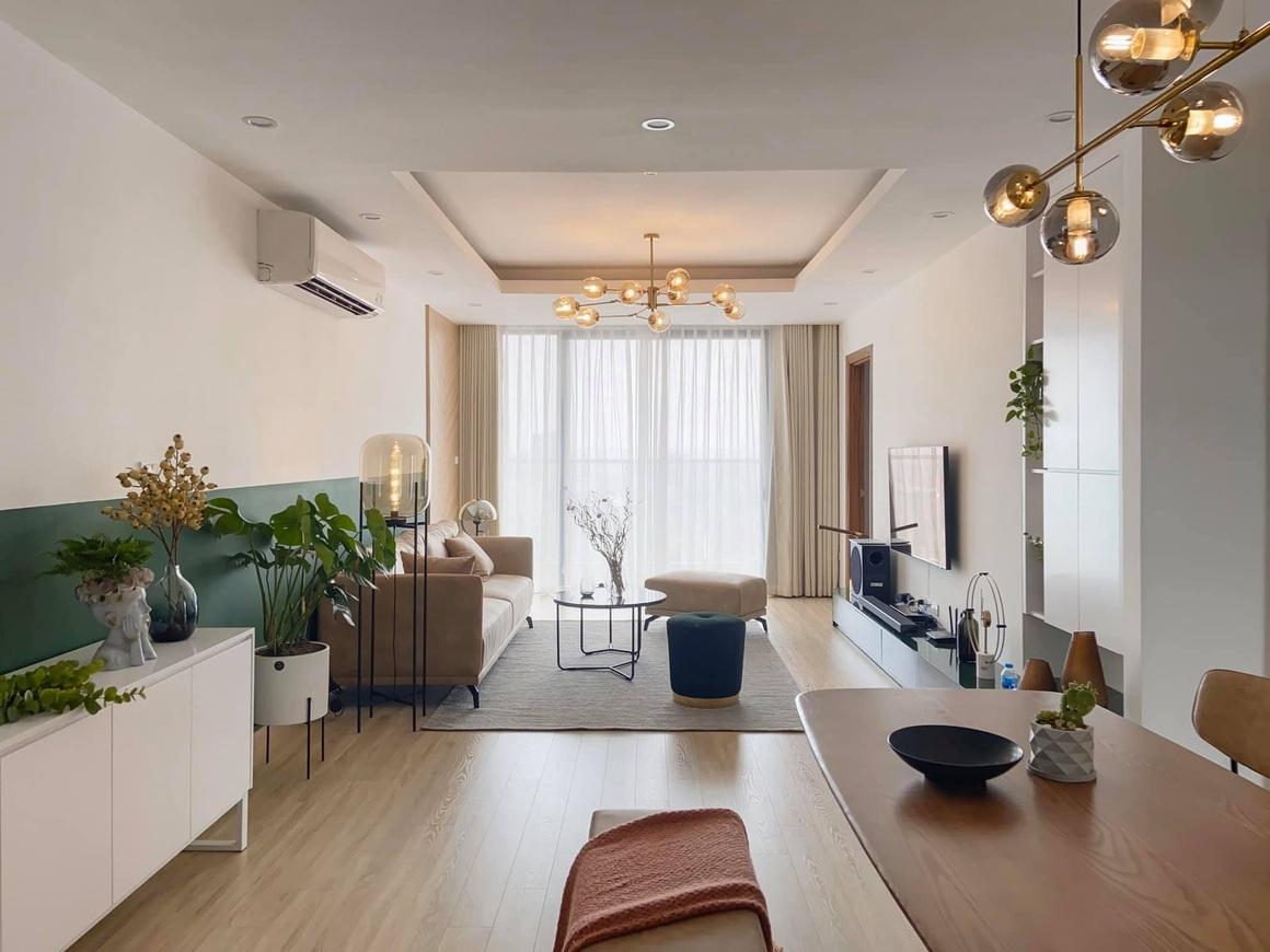 Ngắm căn hộ của gia chủ khó tính: Nội thất đẹp, lạ với tông màu xanh đậm - 2