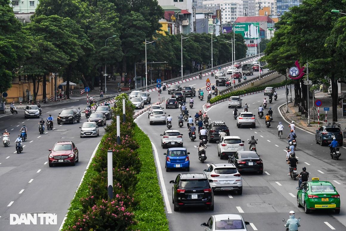 Giao thông vùng xanh ở Hà Nội nhộn nhịp trở lại sau quy định nới lỏng - 9
