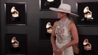 Jennifer Lopez dự Grammy 2019