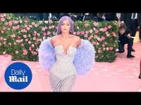 Kylie Jenner dự Met Gala