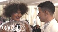 Priyanka Chopra & Nick Jonas dự Met gala