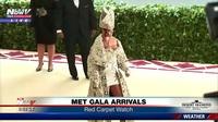 Rihanna sành điệu dự Met gala
