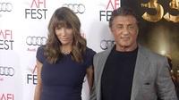 Sylvester Stallone & Jennifer Flavin đẹp đôi trên thảm đỏ