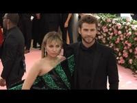 Miley Cyrus, Liam Hemsworth ngày còn hạnh phúc