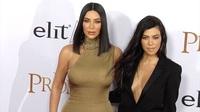 Kourtney Kardashian quyến rũ đi xem phim