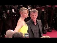 Sean Penn và Charlize Theron ngày còn hạnh phúc