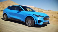 Ford Mustang Mach-E chính thức gia nhập phân khúc SUV chạy điện
