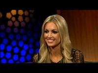 Rosanna Davison xinh đẹp trả lời phỏng vấn