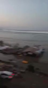 Indonesia tan hoang sau thảm họa động đất khiến gần 400 người chết