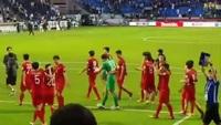 Đặng Văn Lâm tái hiện màn ăn mừng đặc biệt ở AFF Cup 2018