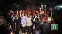 Đêm rước lửa thiêng cầu may mắn của dân làng Hà Nội