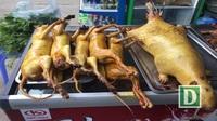 """""""Phù phép"""" thịt mèo thành cầy hương để lừa bán ở lễ hội Chùa Hương"""