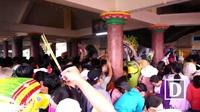 Núi Bà Đen, Tây Ninh: Mướt mồ hôi, chen chân dâng lễ cúng Bà