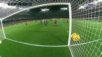 Chiêm ngưỡng pha sút phạt thành bàn của Messi trong trận đấu với Real Betis
