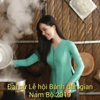 """Hoa khôi Thúy Vi dịu dàng làm """"đại sứ lễ hội bánh dân gian Nam Bộ"""""""