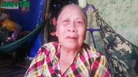 Bà nội 71 tuổi nuôi cháu mù ở Bạc Liêu.
