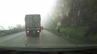 Tai nạn kinh hoàng trên đường đèo vì sương mù