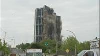 Khoảnh khắc tòa nhà 21 tầng của Mỹ nổ tung, sập thành tro bụi trong nháy mắt