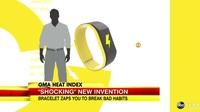 Vòng tay thông minh khiến người đeo bị giật điện khi... thực hiện các thói quen xấu