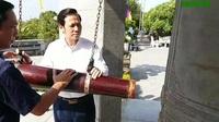 Bộ trưởng Đào Ngọc Dung tặng quà, viếng nghĩa trang liệt sĩ và tặng quà người có công tại Quảng Trị