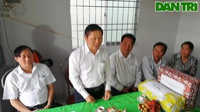 Bộ LĐ-TB&XH trao nhà tình nghĩa tại Vĩnh Long.