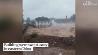 Siêu bão Lekima cuốn phăng ngôi nhà cao tầng Trung Quốc, số người chết tăng lên 49