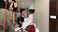 """Hậu trường cảnh hôn đồng giới của Dương và Ánh trong """"Về nhà đi con"""""""