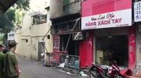 Cháy cửa hàng trên phố cổ Hà Nội