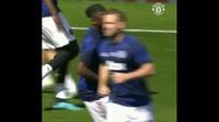 Các cầu thủ Man Utd khởi động trước trận gặp Crystal Palace