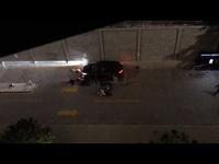 Ô tô tông xe máy toé lửa trong chung cư, 2 người bị thương