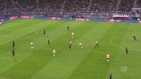 Lewandowski mở tỷ số từ sớm, Bayern Munich vẫn bị Leizpig cầm hòa đầy thất vọng