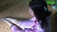 Cô gái bị cướp giật túi xách té tét đầu trong hẻm ở Sài Gòn