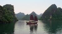 Phong cảnh Việt Nam xuất hiện thơ mộng trong clip quảng cáo của hãng thời trang nổi tiến
