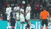 Neymar tỏa sáng kịp thời giúp PSG đánh bại Lyon với tỷ số tối thiểu
