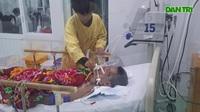 Mẹ đột quỵ, bố hôn mê, nữ sinh gục ngã ngay trước cổng bệnh viện