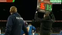 Giroud ghi bàn từ chấm phạt đền giúp Pháp vượt ải Iceland