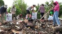 Ông Tây và hành trình 5 năm nhặt hàng nghìn tấn rác ở Hà Nội
