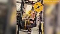 Kate Beckinsale tại phòng gym