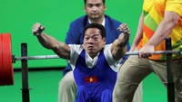 VĐV Lê Văn Công bán đấu giá HCV World Cup để giúp hàng xóm