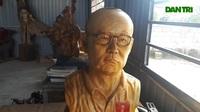 Chàng thợ mộc ở Hà Tĩnh truyền thần thầy Park, bầu Đức...bằng tượng gỗ