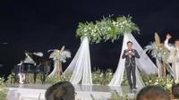 Hồ Hoài Anh đệm đàn, hát cùng Thu Minh - Trấn Thành trong đám cưới Ông Cao Thắng - Đông Nhi
