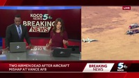 Máy bay quân sự Mỹ tiếp đất ngửa bụng, 2 phi công tử nạn