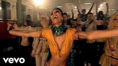 A.R. Rahman, The Pussycat Dolls trình diễn ca khúc Jai Ho