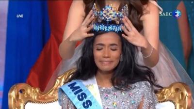 Giây phút trao vương miện Hoa hậu Thế giới 2019