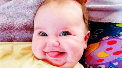 Những phản ứng của bé khiến người xem không thể nhịn cười