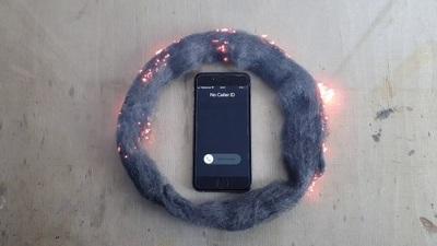 Sóng điện thoại và Bùi nhùi thép - Cách iPhone làm tổn thương não của bạn