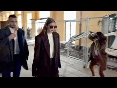 Gigi Hadid, Bella Hadid sành điệu tại Ý