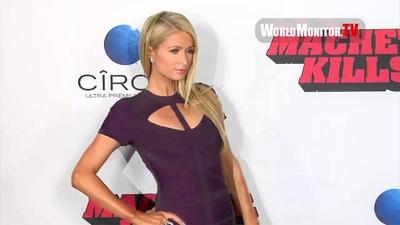 Paris Hilton thanh lịch trên thảm đỏ