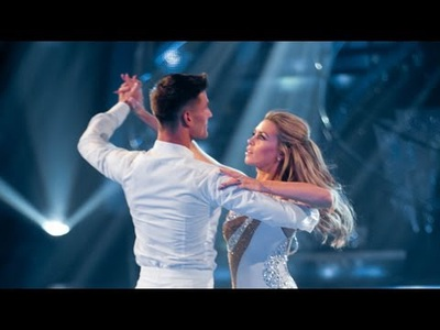 Abbey Clancy & Aljaz Skorjanec đẹp đôi trên sàn nhảy